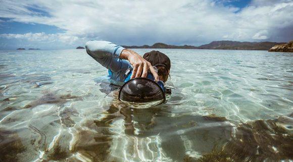 aquatech water housing - מארז לצילום גלישה מהמים